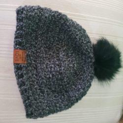 green-hat-pom